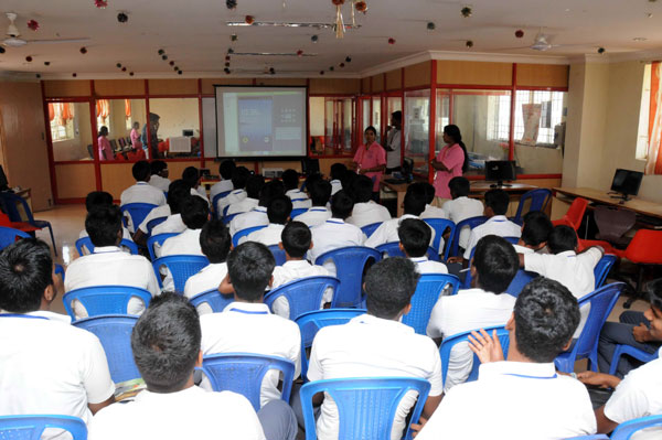 Xplore Engineering Workshop for pre-College students, on 13 - 17 Oct 2014